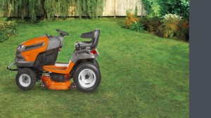 howto-choose-lawn-tractor-2013-slide4B-lawn-garden-tractors2